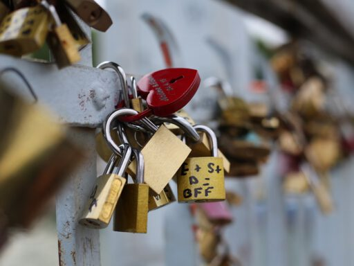 friendship locks