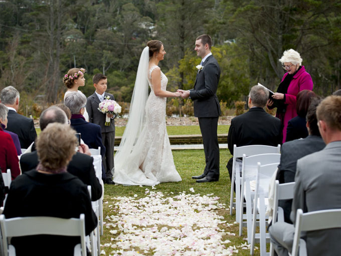 wedding celebrant susan artup